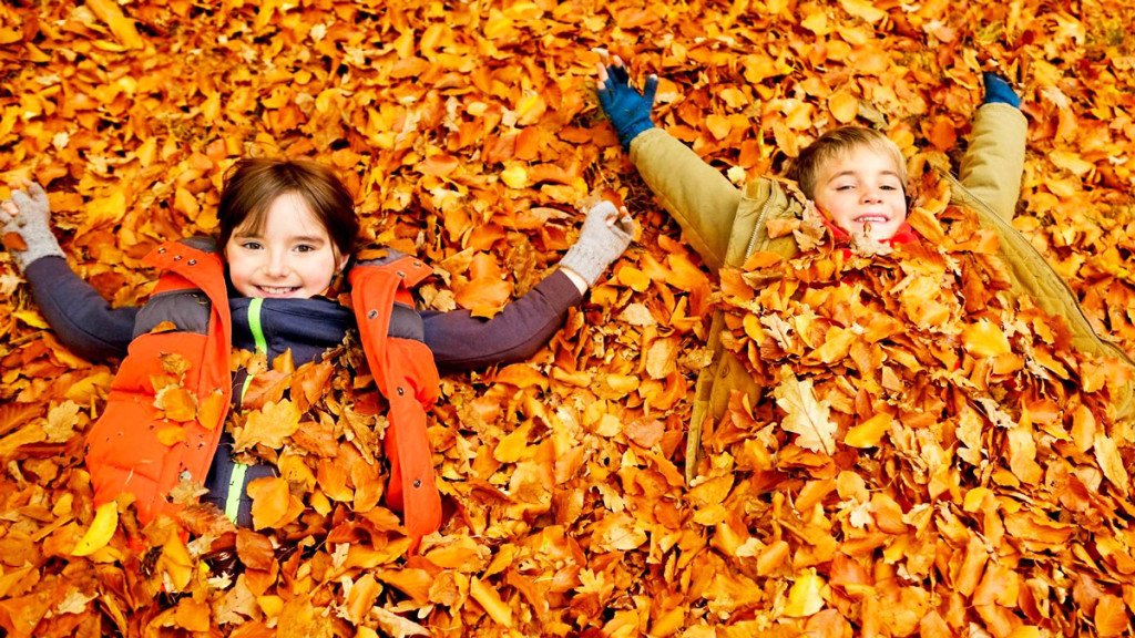 autumn_kids-1024x576.jpg